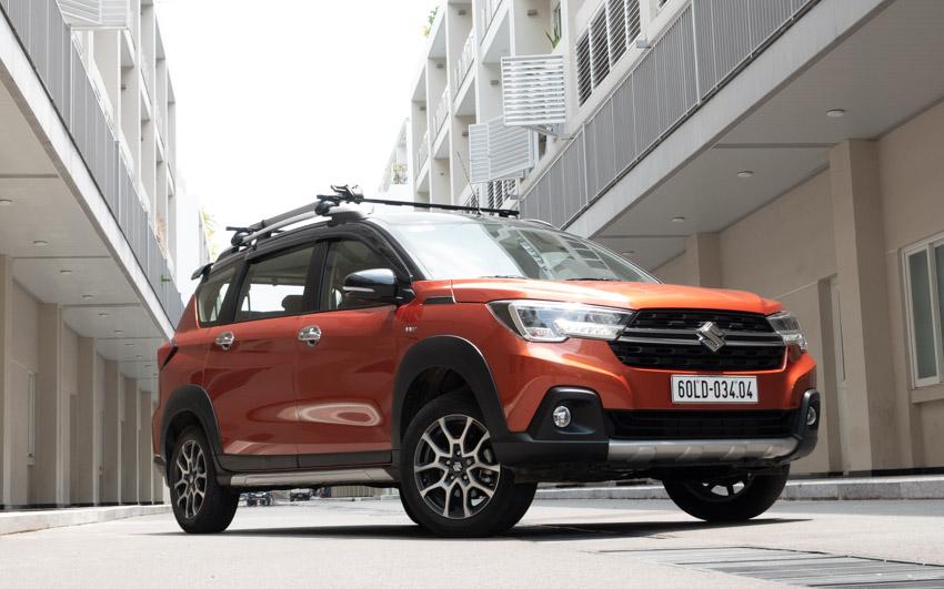 Giá lăn bánh xe Suzuki XL7 trong tháng 10.2020