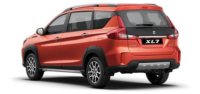 Hông và đuôi xe Suzuki XL7 màu cam SUZUKI XL7